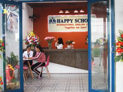 Tưng bừng khai trương Trung tâm Anh ngữ Happy School cơ sở 2 tại Nghi Lộc