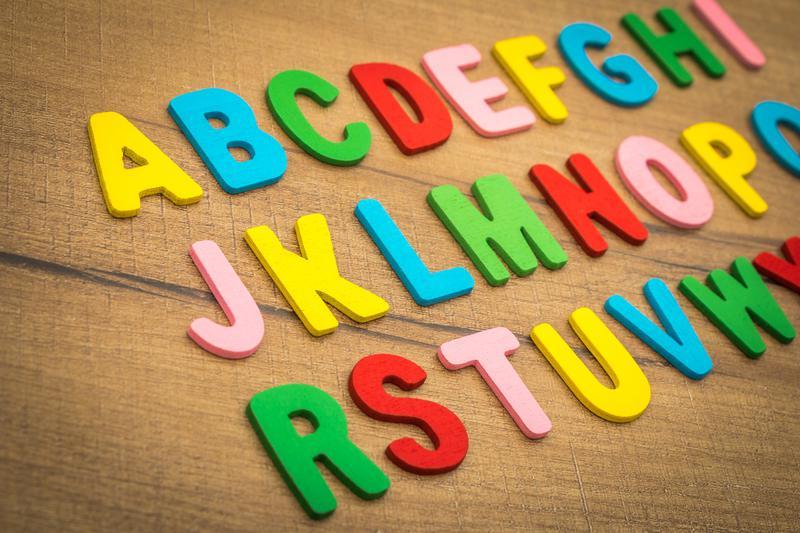Giúp bé học bảng chữ cái tiếng anh hiệu quả