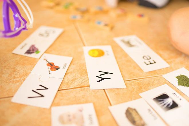 Giúp trẻ học bảng chữ cái tiếng Anh hiệu quả